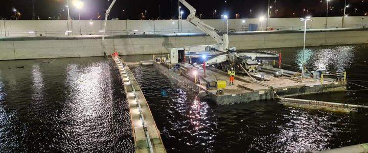 Week 45-48 24-uurs storten zeesluis in IJmuiden